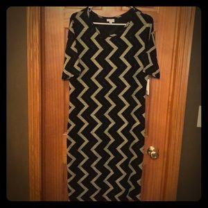 Lularoe Holiday Julia Dress- Black Sparkle Chevron